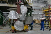 Центр Пропульсивных Систем АО «ЦС «Звездочка» изготовил Головной образец движительно-рулевой колонки ДРК2500